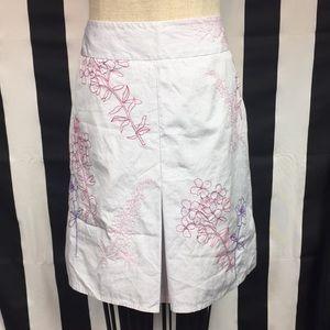 Ann Taylor loft skirt. Floral beaded. Sz 10